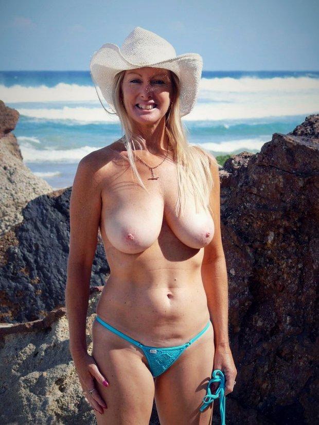 Rencontre femme mature avec une maman cougar ultra sexy