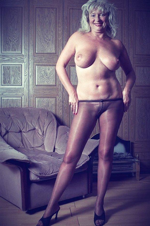 DEs femmes matures nues